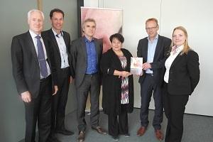 NVV in gesprek met staatssecretaris Dijksma