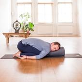 Restorative yoga 90 ...