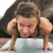 Yin Yoga - live stre...
