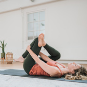 Yin Yoga (90 min) EN...