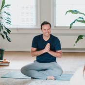 Online vinyasa yoga ...